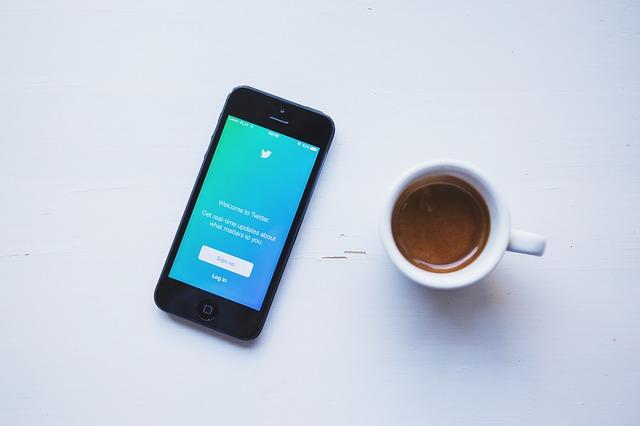 Jak na Twitterze zmienić nazwę użytkownika?