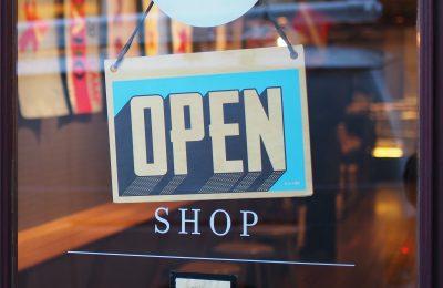 Po czym poznać dobry sklep z e-papierosami?